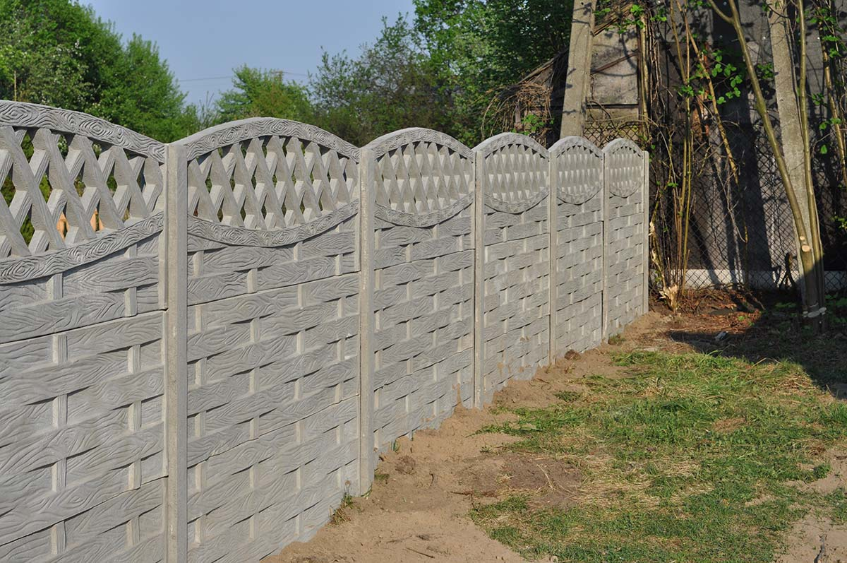 Model 56 - One-sided open-work concrete fence, Gdynia