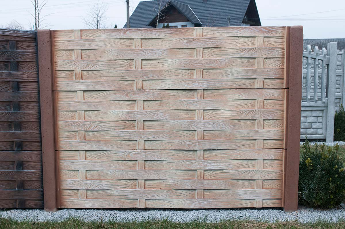 Model 57 - One-sided solid concrete fence, Pabianice